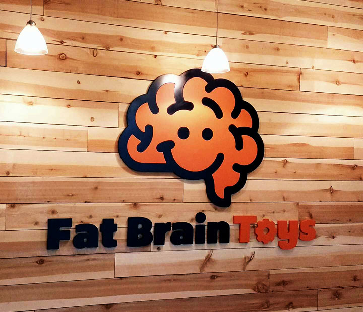 Fat Brain Toys Pallet Wall